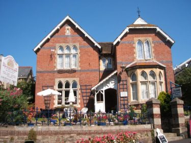 Courtenay House Bed & Breakfast Bovey Tracey Devon
